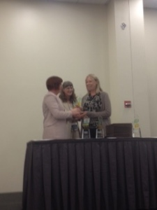 carolyn receiving ILA award